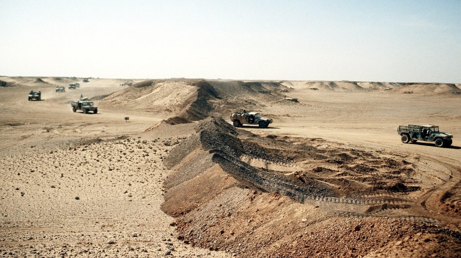 عاجل: المغرب يمدد الجدار العازل في اتجاه الشرق ويضع الجزائر أمام الامر الواقع السلام أو الحرب